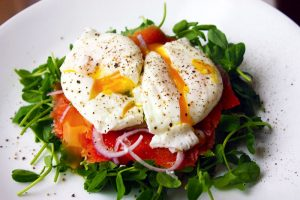 3 Serotonin Boosting Recipes // How to Boost Your Mood with Food
